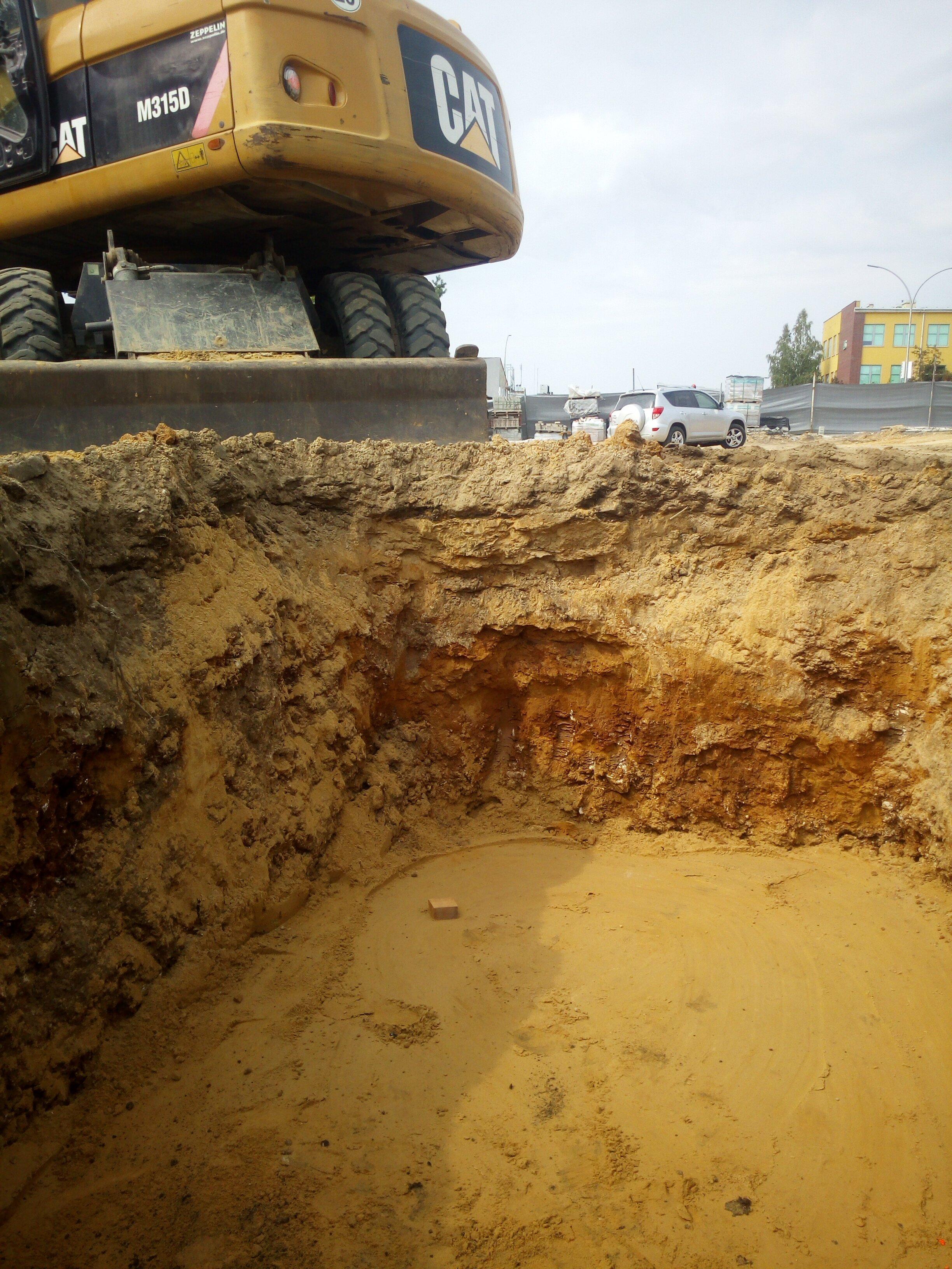 Kopanie pod kanalizacje